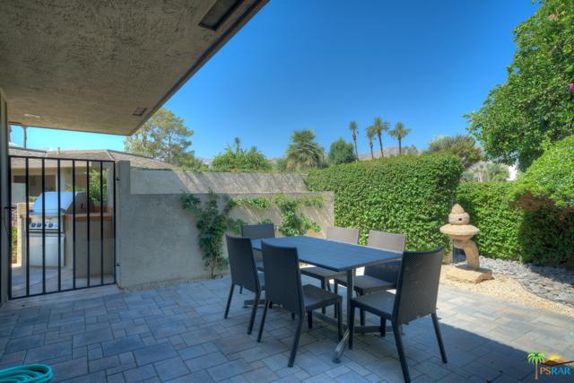 4 Wake Forest Court, Rancho Mirage CA: http://media.crmls.org/mediaz/01C5CB07-B820-4EF1-A952-A1544F9E9239.jpg