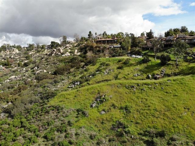 0 Vista de La Cresta, Escondido CA: http://media.crmls.org/mediaz/01D66E4A-20F9-4A60-8A16-3957540610F1.jpg