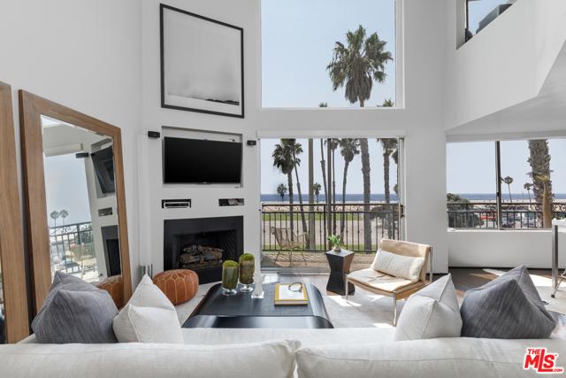 118 Wadsworth Ave 7, Santa Monica, CA 90405
