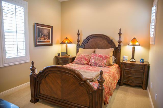 14851 Hightop Street, Moorpark CA: http://media.crmls.org/mediaz/0282EFA3-E915-4CD1-B7DE-55865C466EF9.jpg