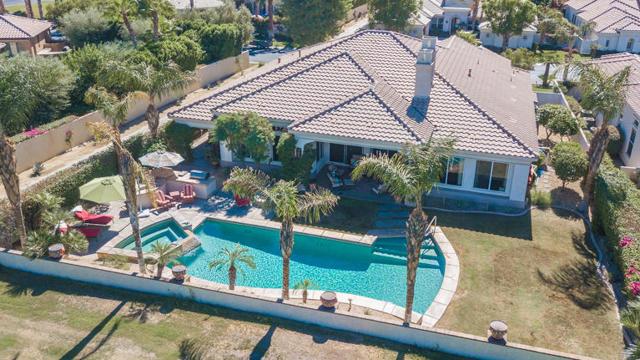 81410 Golf View Drive, La Quinta CA: http://media.crmls.org/mediaz/028AB491-03A4-4693-A577-B2B46B27D426.jpg