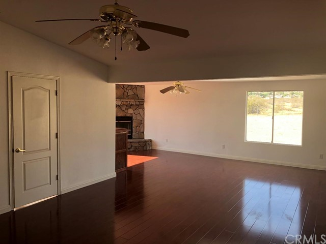 24030 Cahuilla Road, Apple Valley CA: http://media.crmls.org/mediaz/028EE36E-9221-458F-ADB7-3AC71E7E145A.jpg