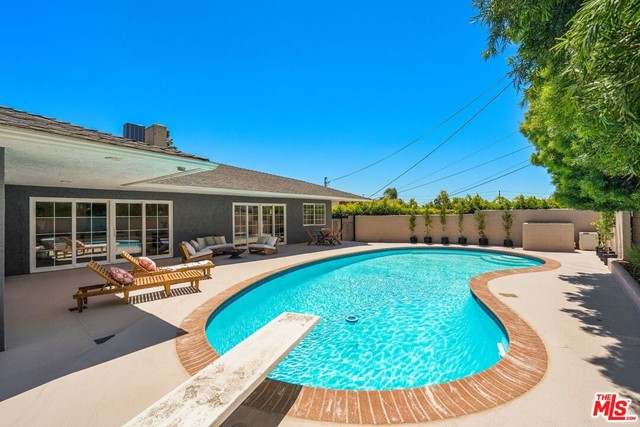 6711 S Sherbourne Dr, Los Angeles, CA 90056 photo 26