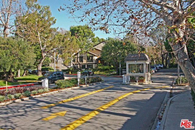7213 Raintree Cir, Culver City, CA 90230 photo 3