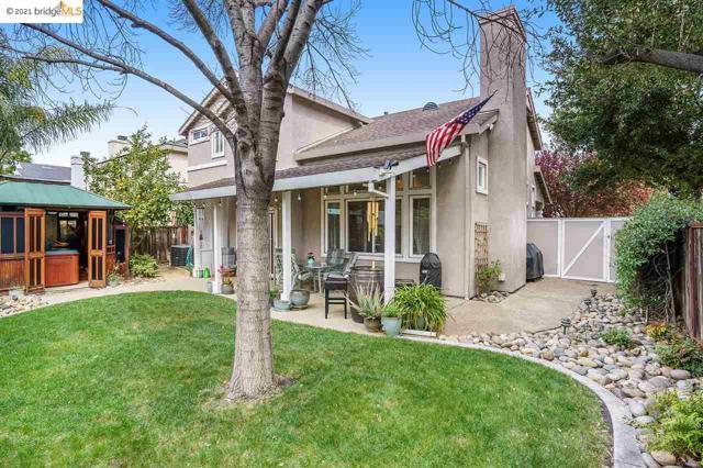1804 Shadowcliff Way, Brentwood CA: http://media.crmls.org/mediaz/03078D47-8834-4EFE-A302-32D3B87978EC.jpg