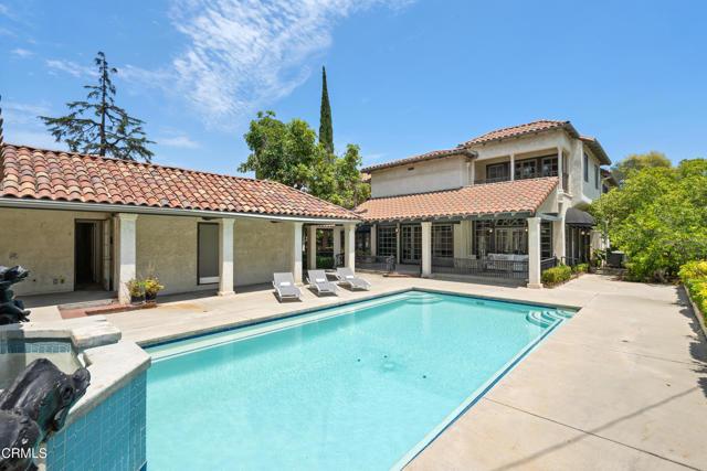 695 Lakewood Place, Pasadena CA: http://media.crmls.org/mediaz/035A5701-F86B-446E-8A9B-0318CD703BDC.jpg