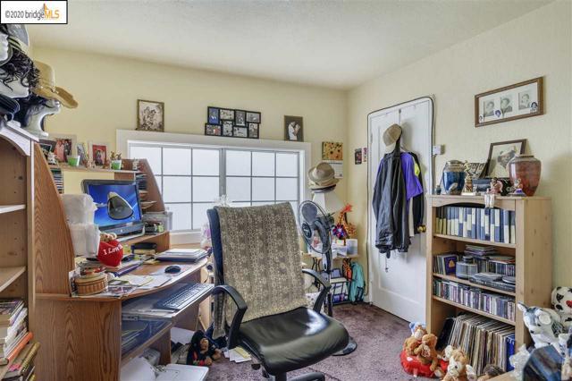 7311 Hillside St, Oakland CA: http://media.crmls.org/mediaz/03A7F7FF-3FA8-4147-A010-873197CD9FEB.jpg