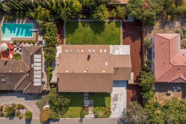 13878 MALCOM Avenue, Saratoga CA: http://media.crmls.org/mediaz/03E087D2-54DB-4A7E-9025-9E4821F0E3C8.jpg