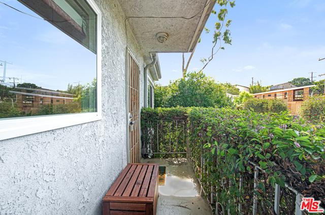 717 Raymond Ave 4, Santa Monica, CA 90405 photo 20
