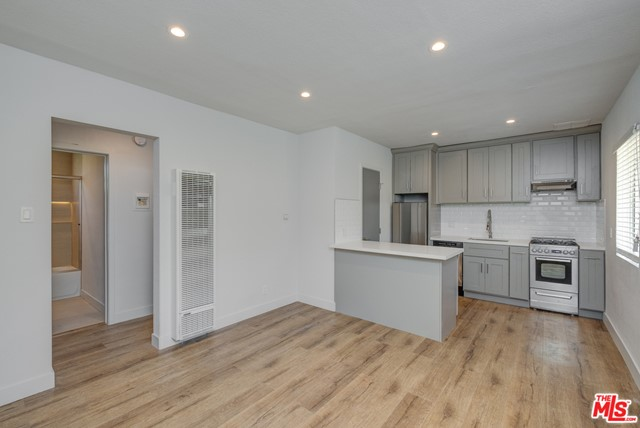 4140 GRAND VIEW 9, Los Angeles, CA 90066