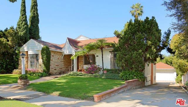 Single Family Home for Sale at 2111 Duxbury Circle Los Angeles, California 90034 United States