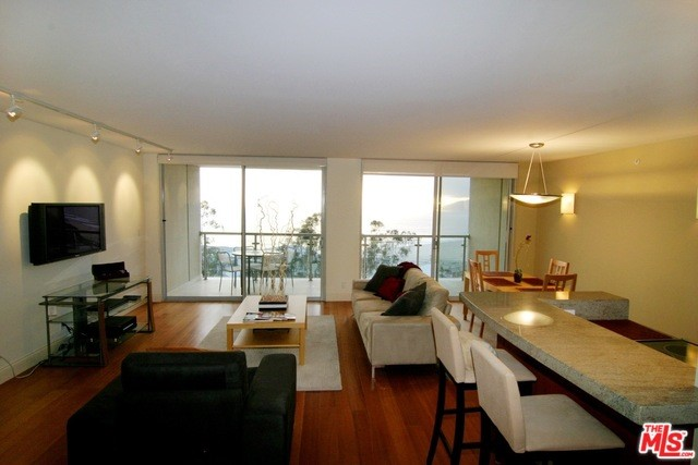 201 Ocean Ave 606P, Santa Monica, CA 90402 photo 2