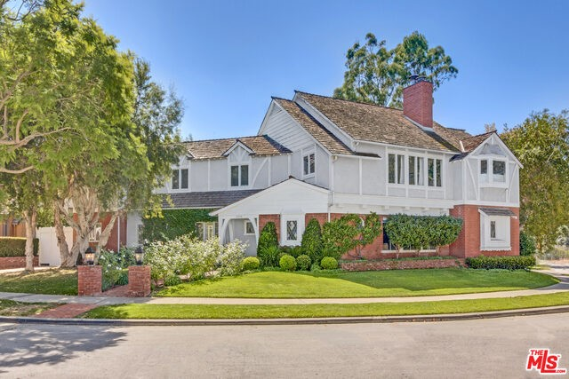 2701 MCCONNELL Drive, Los Angeles CA 90064