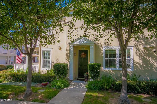 5570 Coltrane Street, Ventura CA: http://media.crmls.org/mediaz/05171F80-9752-4414-9EF7-A1AA4F012A4C.jpg