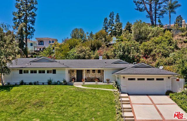 1217 Shadybrook Drive  Beverly Hills CA 90210