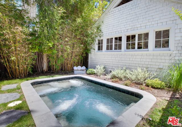 343 Sycamore Rd, Santa Monica, CA 90402 photo 41