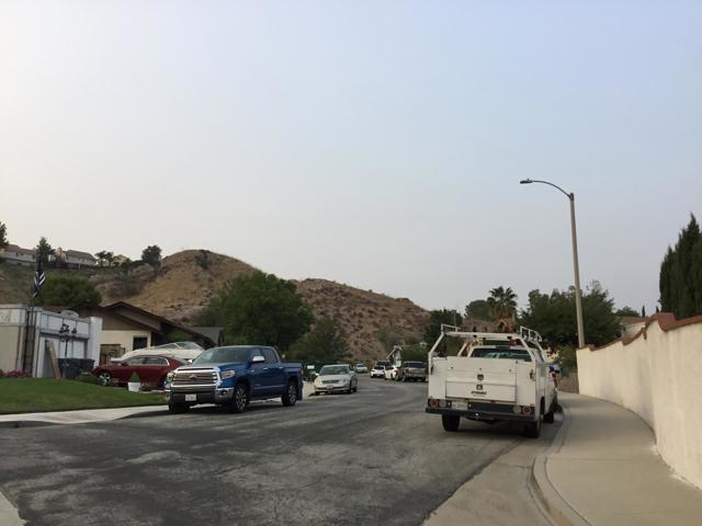 14661 Daisy Meadow Street, Canyon Country CA: http://media.crmls.org/mediaz/05E74049-A2CA-48FF-85CE-2774B4243D7C.jpg