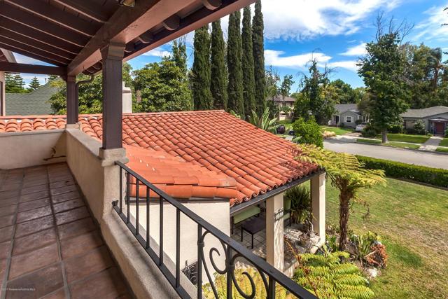 207 Lincoln Avenue, Los Angeles, California 91767, 4 Bedrooms Bedrooms, ,3 BathroomsBathrooms,HOUSE,For sale,Lincoln,P0-817001884
