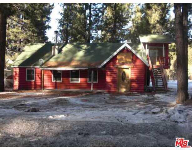 Photo of home for sale at 42460 MOONRIDGE Road, Big Bear CA