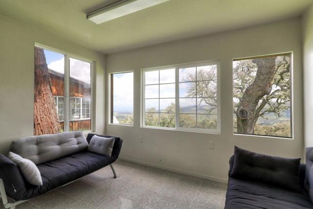 500 El Caminito Road, Carmel Valley CA: http://media.crmls.org/mediaz/06D0CC6F-67D8-4167-8202-B03D810EC2F7.jpg