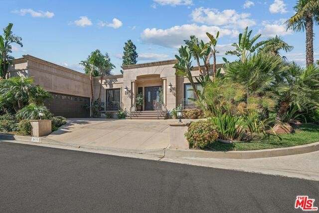 2473 CREST VIEW Drive Los Angeles CA 90046