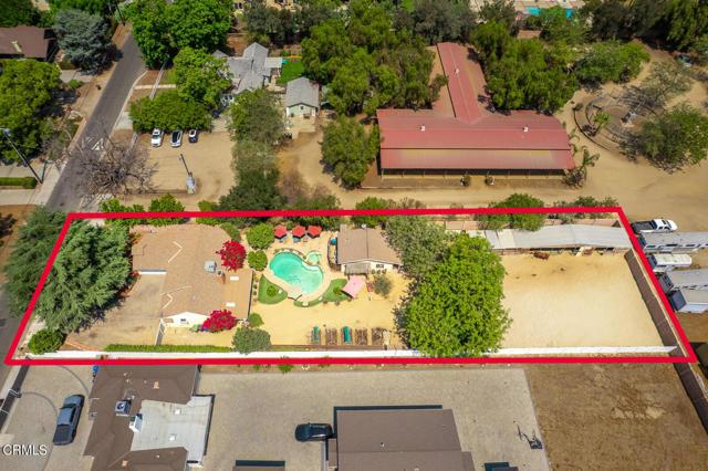 9716 Helen Avenue, Shadow Hills CA: http://media.crmls.org/mediaz/07B58B8C-337C-4378-BD5B-9543A78ACF55.jpg