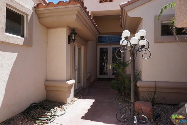 37682 Mojave Sage Street, Palm Desert CA: http://media.crmls.org/mediaz/07CBE542-53CC-4ACD-A668-F5F835E78B37.jpg