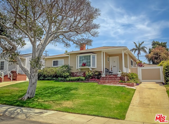 8146 Chase Ave, Los Angeles, CA 90045