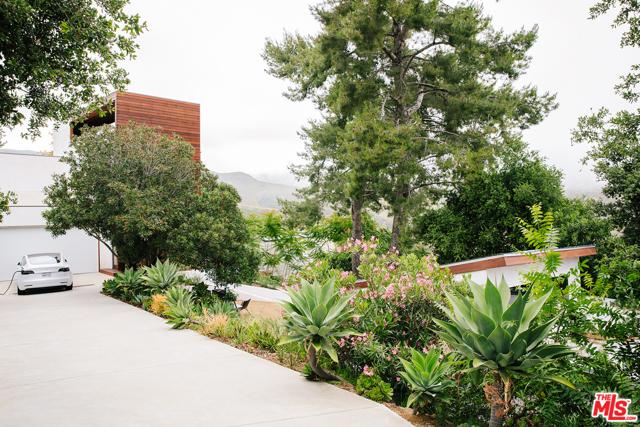 2014 CORRAL CANYON Malibu CA 90265
