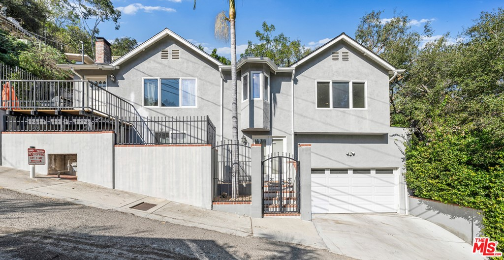 1551 Crater Lane #  Los Angeles CA 90077