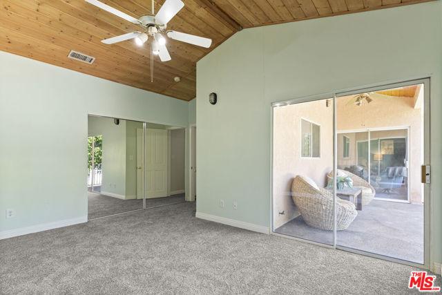 16761 Septo Street, North Hills CA: http://media.crmls.org/mediaz/087FB1B8-1AE8-4062-AB51-8FFEE8A035AF.jpg