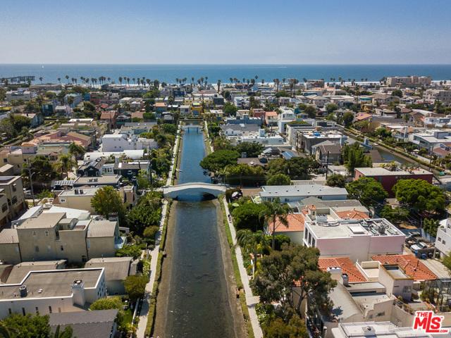 412 Howland Canal, Venice, CA 90291 photo 38