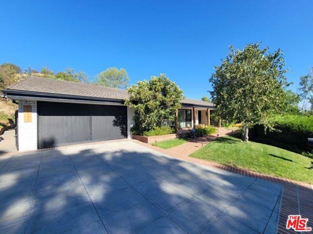 Photo of 17133 Adlon Road, Encino, CA 91436