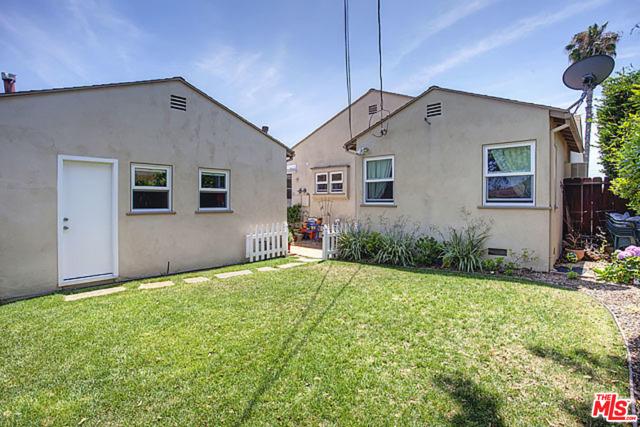 7803 FLIGHT Avenue, Los Angeles CA: http://media.crmls.org/mediaz/095E04E9-6DF2-4DC3-9414-059FDA9DD9B4.jpg