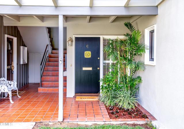 960 S Orange Grove Boulevard, Pasadena CA: http://media.crmls.org/mediaz/09B8CDCD-73D8-4DC3-81B9-389C109EE198.jpg