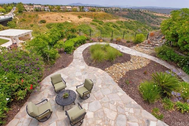 11331 Manorgate Drive, San Diego CA: http://media.crmls.org/mediaz/09C25EE3-4549-419A-B0F0-160F3D32F5F1.jpg