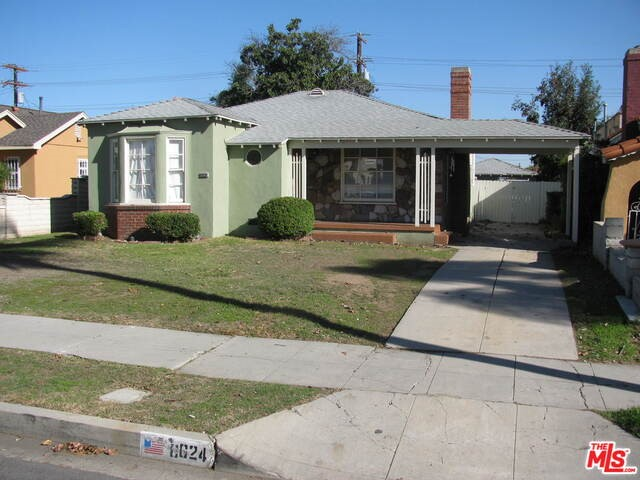 Single Family Home for Sale at 8624 10th Avenue S Inglewood, California 90305 United States