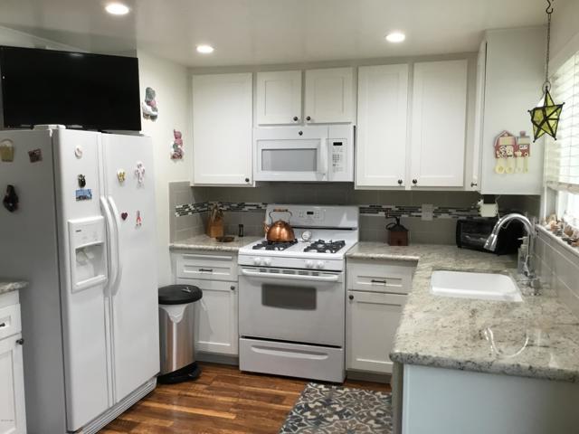 14661 Daisy Meadow Street, Canyon Country CA: http://media.crmls.org/mediaz/0A916221-EFB0-47EA-BDD3-0542C271990B.jpg