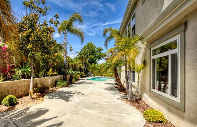 2523 Montecito Avenue, Westlake Village CA: http://media.crmls.org/mediaz/0AA5DC52-6268-46E0-9143-172804BF168F.jpg