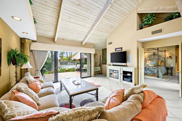 369 Wimbledon Drive, Rancho Mirage CA: http://media.crmls.org/mediaz/0AD97E5B-1F1C-4DBB-82D7-A890759059DA.jpg