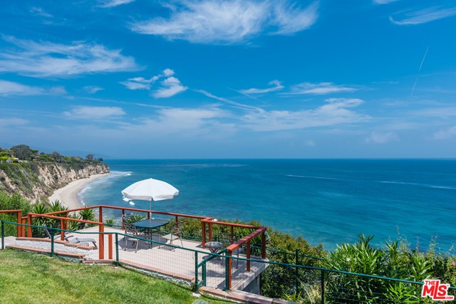 29130 Cliffside Malibu CA 90265