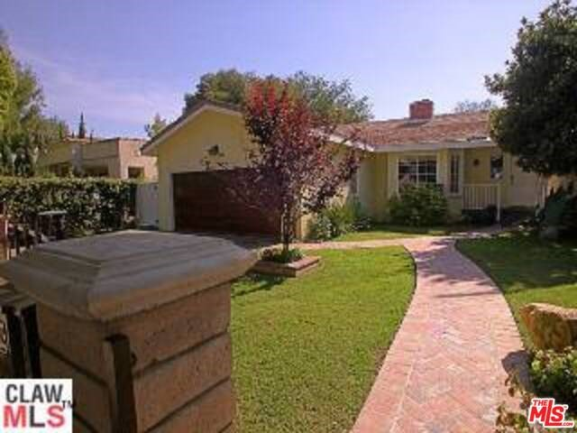 Single Family Home for Rent at 827 Clybourn Avenue N Burbank, California 91505 United States
