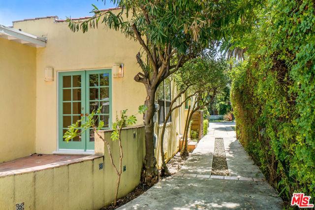 2238 Walnut Ave, Venice, CA 90291 photo 26