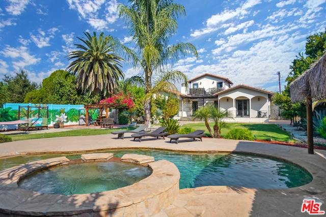 Photo of 5663 Jumilla Avenue, Woodland Hills, CA 91367