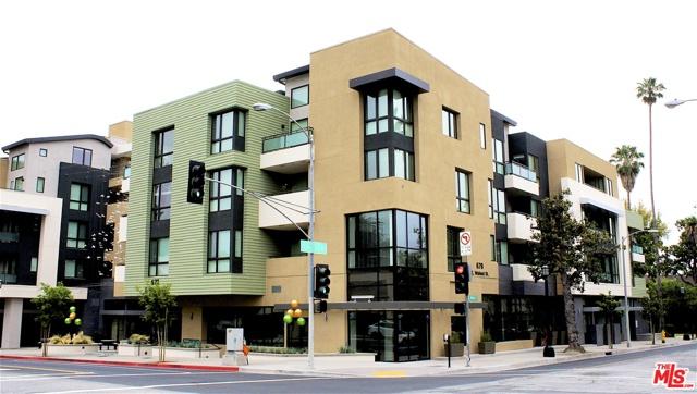 678 E WALNUT Street, Pasadena CA: http://media.crmls.org/mediaz/0CA950F7-261F-4110-A0BB-241036ECC2BA.jpg