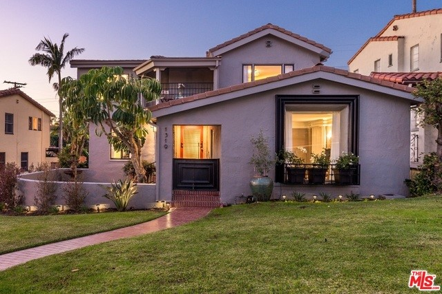 Single Family Home for Sale at 1319 Rossmoyne Avenue Glendale, California 91207 United States