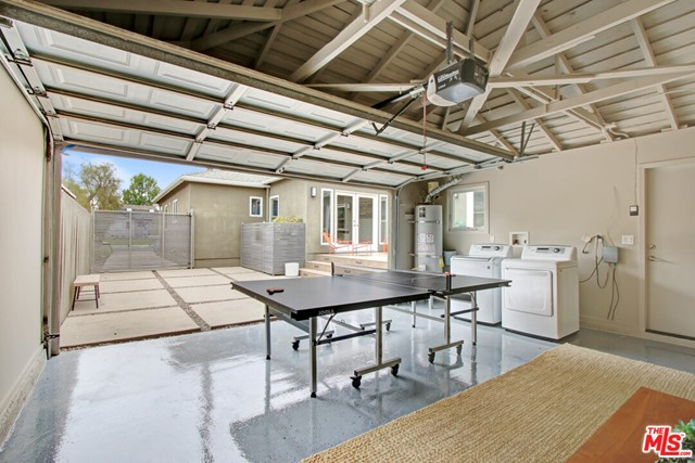 12612 Rose Ave, Los Angeles, CA 90066 photo 21