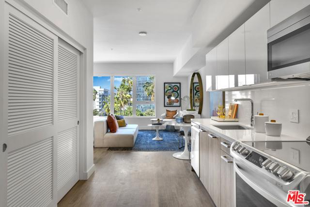 2801 Sunset Place, Los Angeles CA: http://media.crmls.org/mediaz/0D355B1D-4934-4BF9-8900-88E767911653.jpg