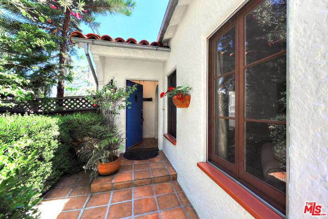 8428 Kirkwood Dr, Los Angeles, CA 90046 Photo 1