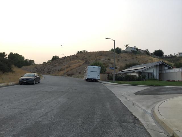 14661 Daisy Meadow Street, Canyon Country CA: http://media.crmls.org/mediaz/0D47C956-01F0-498E-AAAD-62C4BD96C8B6.jpg